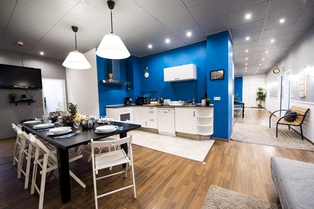 ein gemutliches apartment mit stil. Black Bedroom Furniture Sets. Home Design Ideas